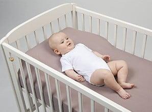 plan-incline-pour-lit-bebe